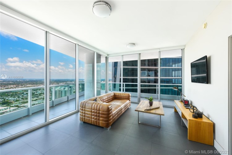 900 Biscayne Blvd  #5612, Miami, FL 33132