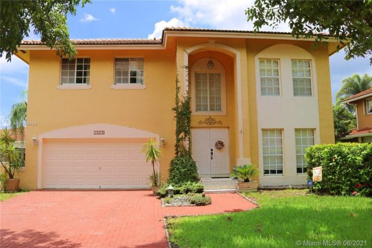 15819 SW 99th St, Miami, FL 33196