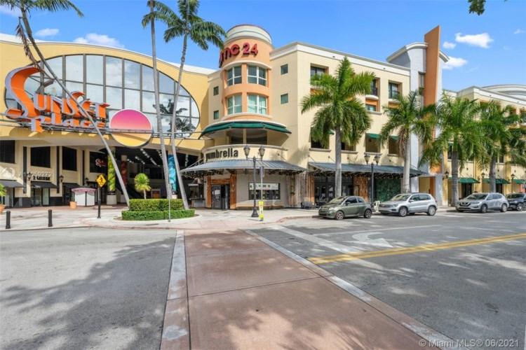 5725 SW 72nd St  #5725, South Miami, FL 33143