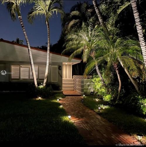 10580 NE 2nd Pl, Miami Shores, FL 33138