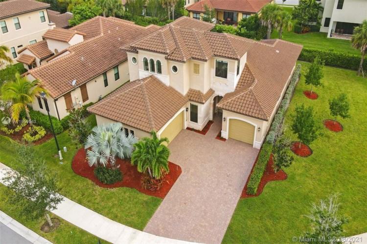 11535 NW 82nd Ct, Parkland, FL 33076