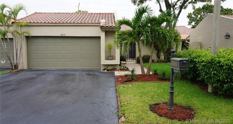 16855 Patio Village Ln, Weston, FL 33326