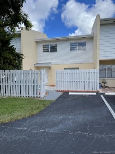22319 SW 103rd Ave, Cutler Bay, FL 33190