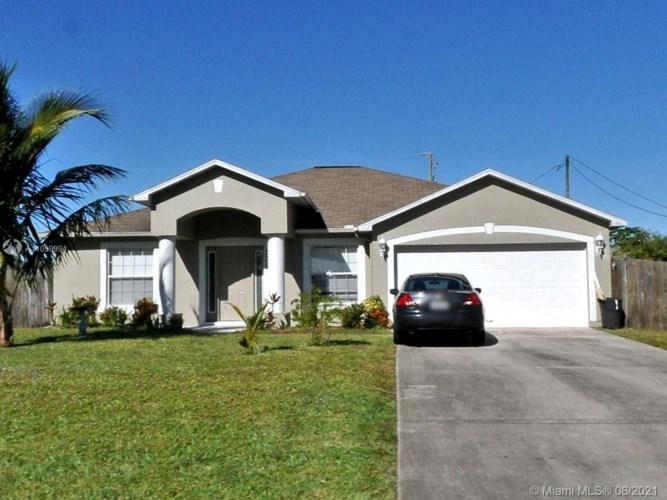 371 SW Undallo Rd, Port St. Lucie, FL 34953