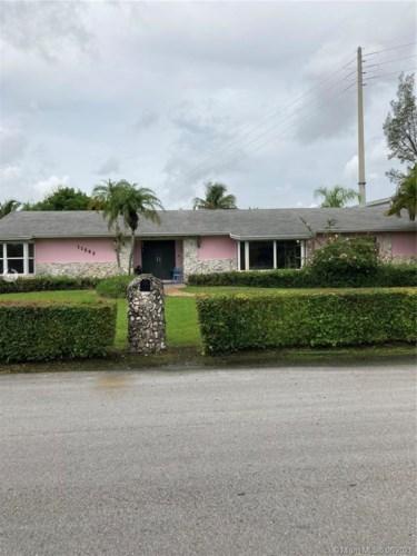 11582 SW 126th Ter, Miami, FL 33176