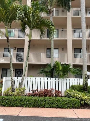 6037 Pointe Regal Cir  #203, Delray Beach, FL 33484