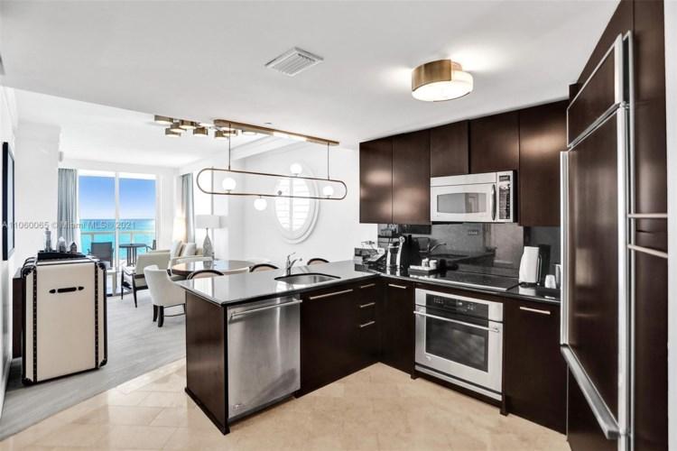 4391 COLLINS AVE  #1514, Miami Beach, FL 33140