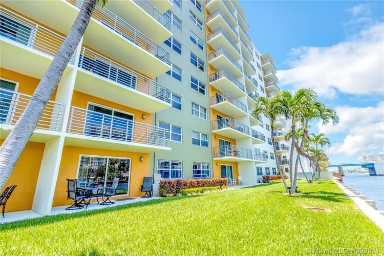 2900 NE 30th Street  #1K, Fort Lauderdale, FL 33306