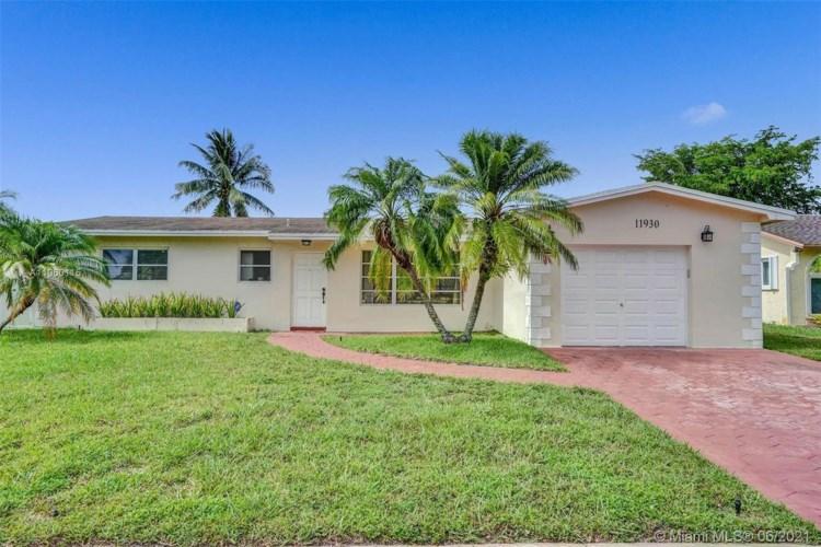 11930 Sheridan St, Pembroke Pines, FL 33026