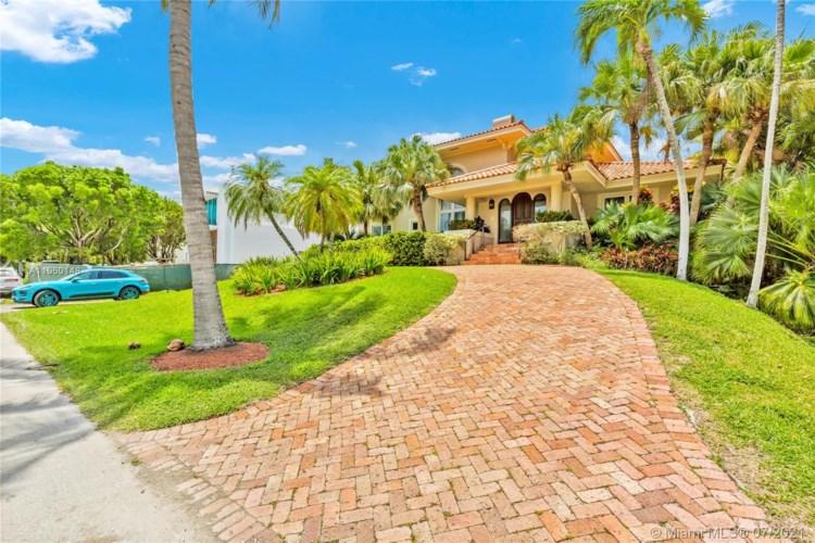 6850 Sunrise Ter  #6850, Coral Gables, FL 33133