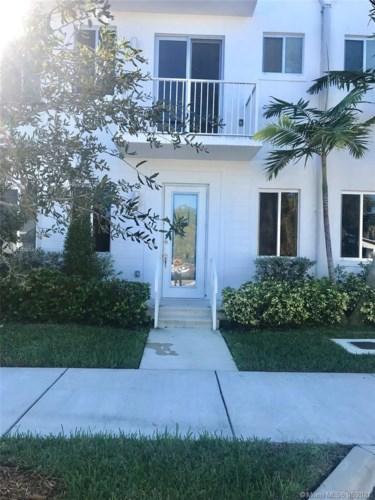 2610 NE 213th St  #106, Miami, FL 33180