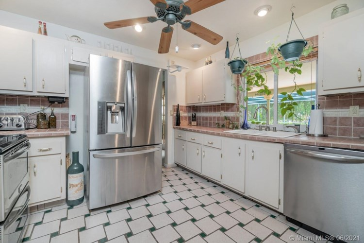 2591 NW 118th Dr, Coral Springs, FL 33065