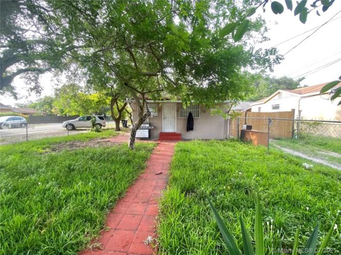 2785 NW 30th St, Miami, FL 33142