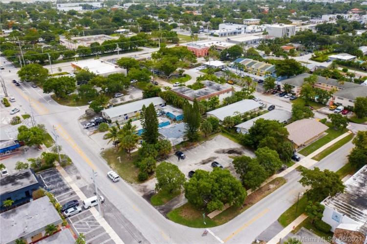108 SE 11th Ave, Pompano Beach, FL 33060