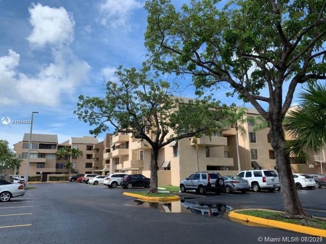10400 SW 108th Ave  #A305, Miami, FL 33176
