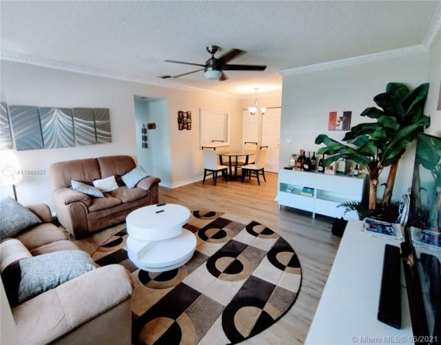 1520 Mckinley St  #202E, Hollywood, FL 33020
