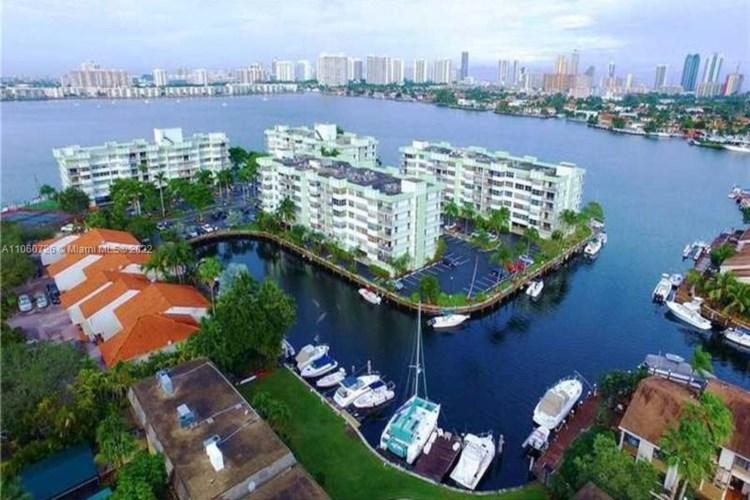 16570 NE 26th Ave  #6C, North Miami Beach, FL 33160