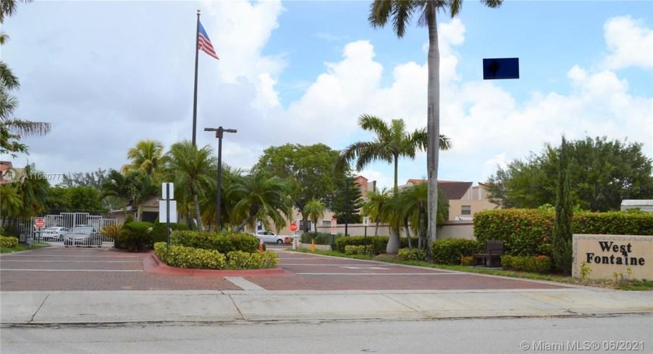 10253 NW 9th Street Cir  #201-6, Miami, FL 33172