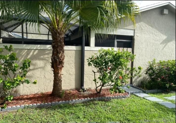 6594 SW 152nd Pl  #25-94, Miami, FL 33193