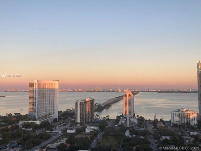 121 NE 34th St  #2206, Miami, FL 33137