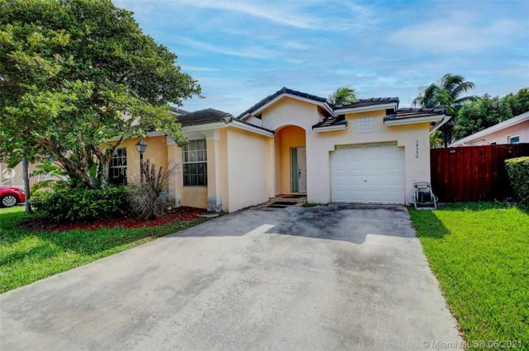 14550 SW 123rd Ct, Miami, FL 33186