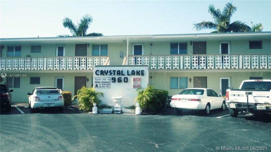 960 Crystal Lake Dr  #214, Pompano Beach, FL 33064