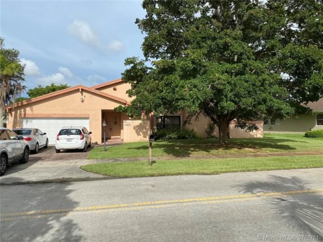 10403 SW 114th Pl, Miami, FL 33176