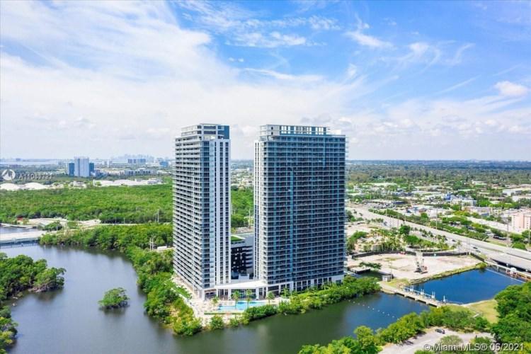16385 Biscayne Blvd  #316, North Miami Beach, FL 33160