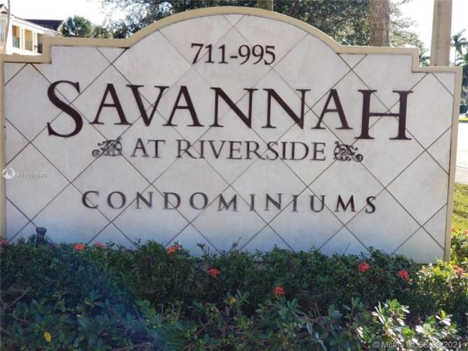 949 Riverside Dr  #427, Coral Springs, FL 33071