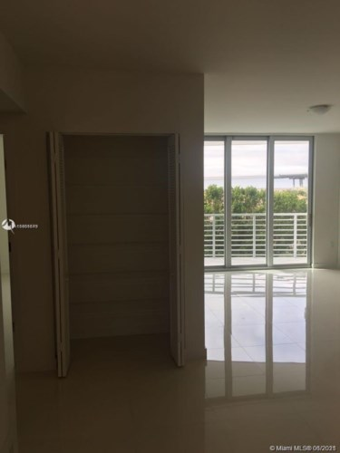 7875 NW 107th Ave  #409, Doral, FL 33178