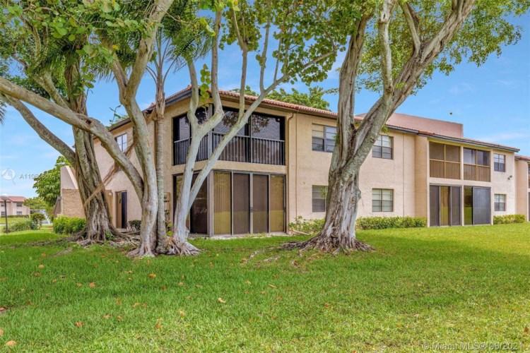 9270 Vista Del Lago  #G, Boca Raton, FL 33428
