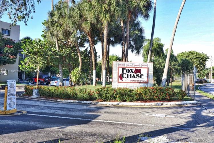8625 NW 8th St  #211, Miami, FL 33126