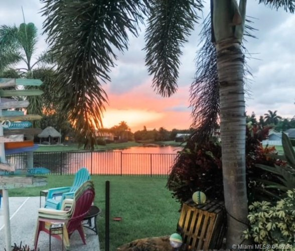 5302 NW 87th Way, Coral Springs, FL 33067