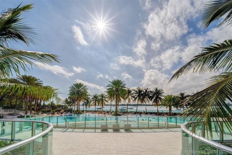 1500 Bay Rd  #T-1524, Miami Beach, FL 33139