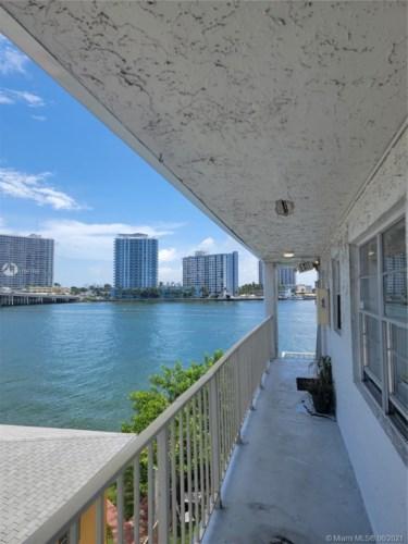2150 Bay Dr  #11, Miami Beach, FL 33141