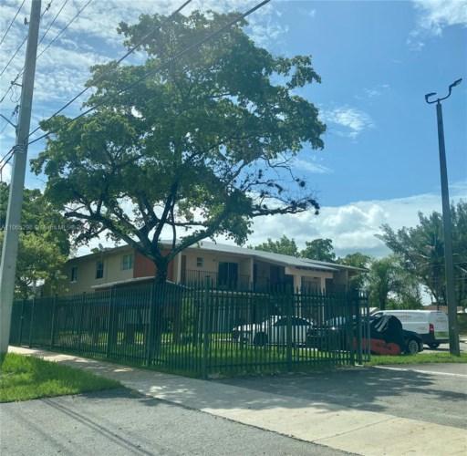 1250 NE 119th St  #2B, Miami, FL 33161