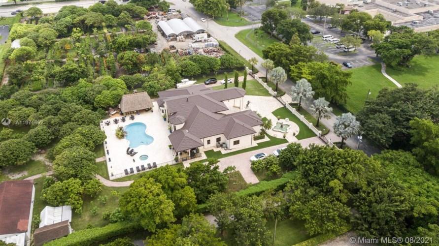 7007 SW 120th Ave, Miami, FL 33183