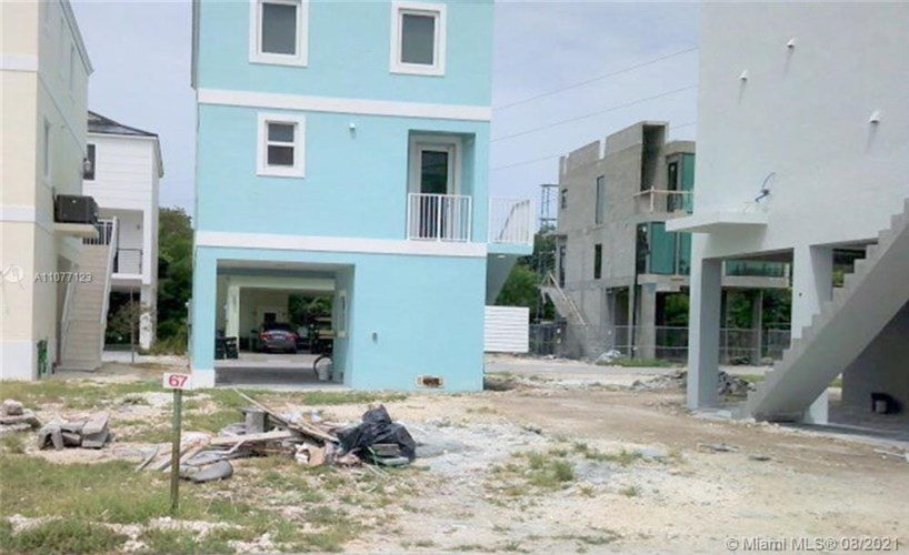 94825 Overseas Hwy #67, Key Largo, FL 33037