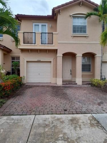 12884 SW 134th Ter, Miami, FL 33186