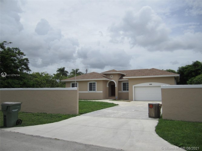 1400 NW 19 St, Homestead, FL 33030