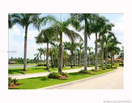6450 NW 109th Ave, Doral, FL 33178