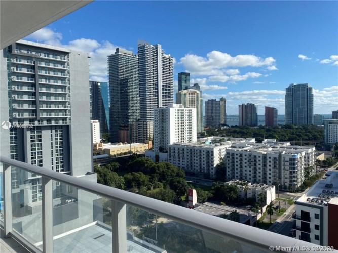 1010 SW 2nd Ave  #1802, Miami, FL 33130