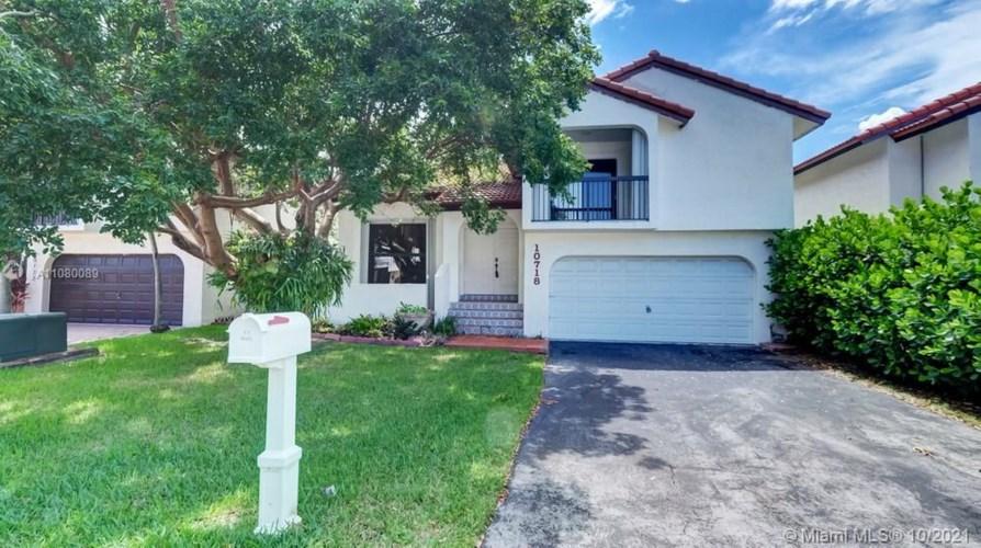 10718 SW 117th Place, Miami, FL 33186