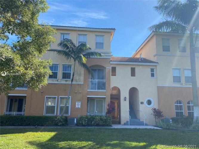 10012 NW 7th St  #217, Miami, FL 33172