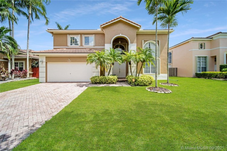 15549 SW 150th St, Miami, FL 33196
