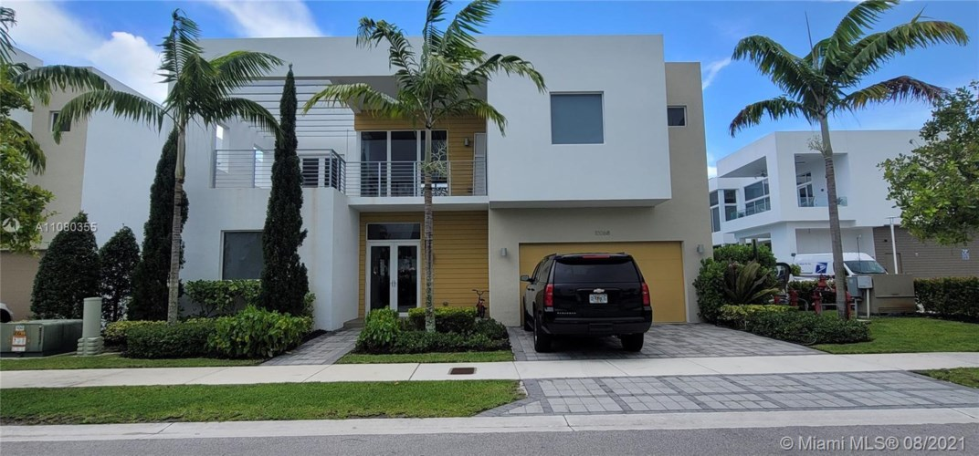 10068 NW 75th Ter  #10068, Doral, FL 33178