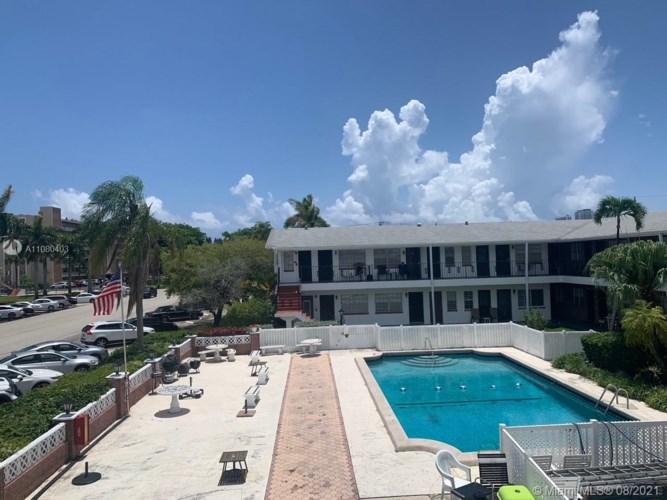 1100 Atlantic Shores Blvd  #401, Hallandale Beach, FL 33009