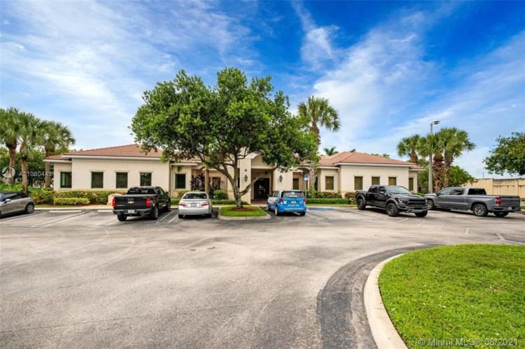 12520 W Atlantic Blvd, Coral Springs, FL 33071