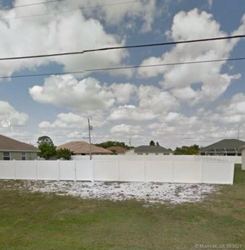851 SW Paar Dr, Port St. Lucie, FL 34953