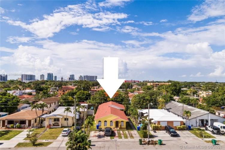 2968 SW 23rd Ter, Miami, FL 33145